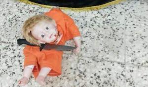 Zdjęcie dziecka chrześcijańskiego z  głową obciętą przez fanatyków islamskich