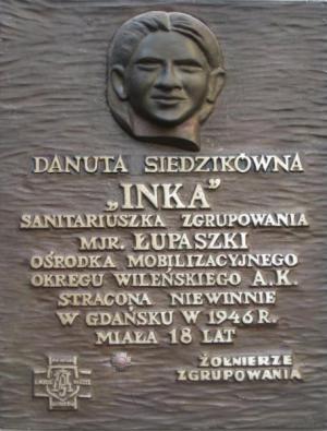 "Tablica - Danuta Siedzikówna ps. ""Inka"""