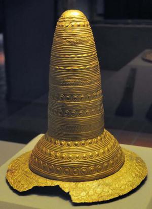 Piasta (Polos) korona Piastów Spyra, założycieli Spiry (Noviomagus Nemetum, ok. 400 p.n.e.)