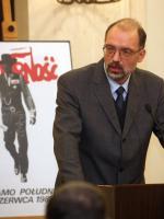 Kulisy krytyki prof. Andrzeja Nowaka